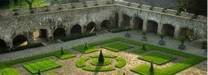 Aberglasney knot garden